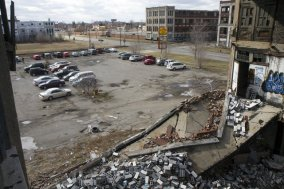 Detroit_wasteland_s640x426